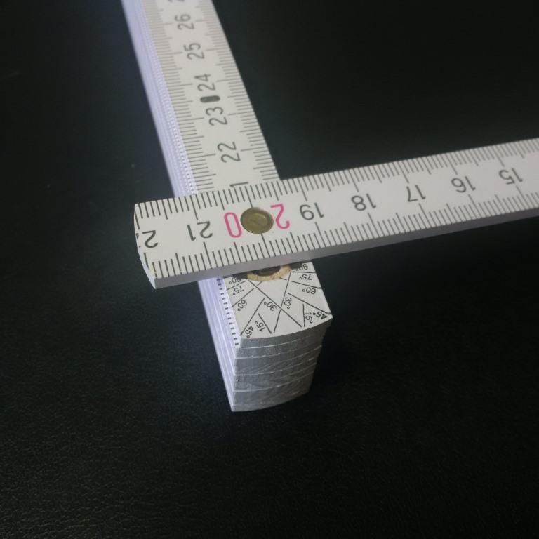 Zollstockgelenk mit innenliegender Stahlfeder