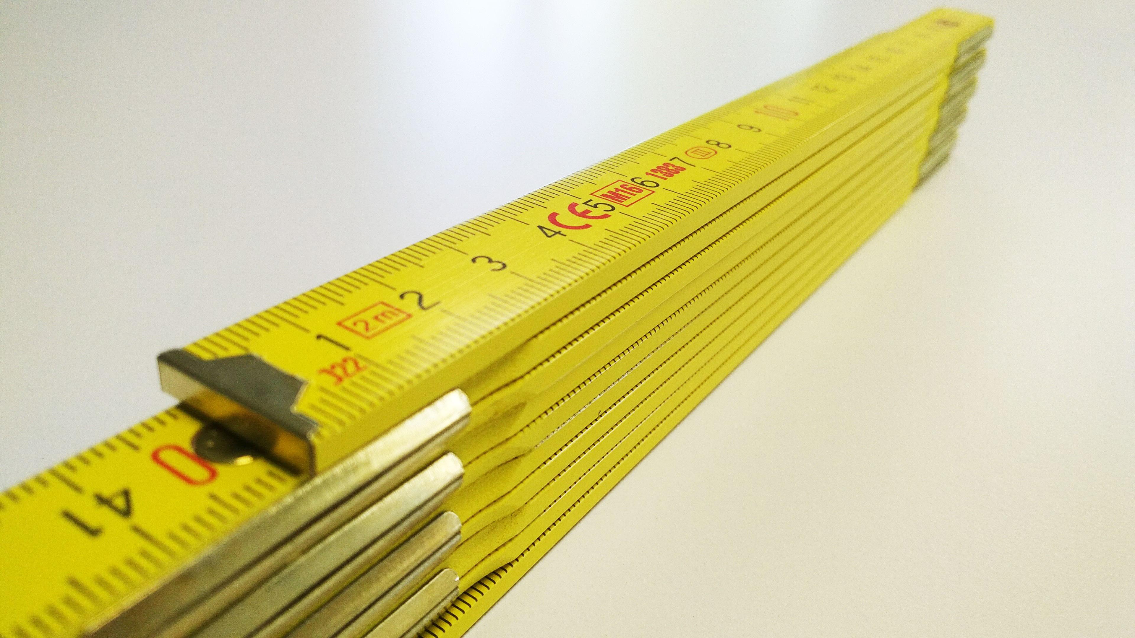 Premium-Zollstock Aussenliegende Metallgelenke Gelb
